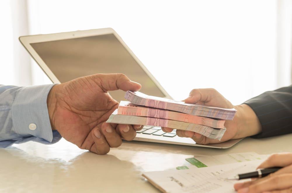 ビジネスローンと売掛債権担保融資+ファクタリングで資金調達をする方法