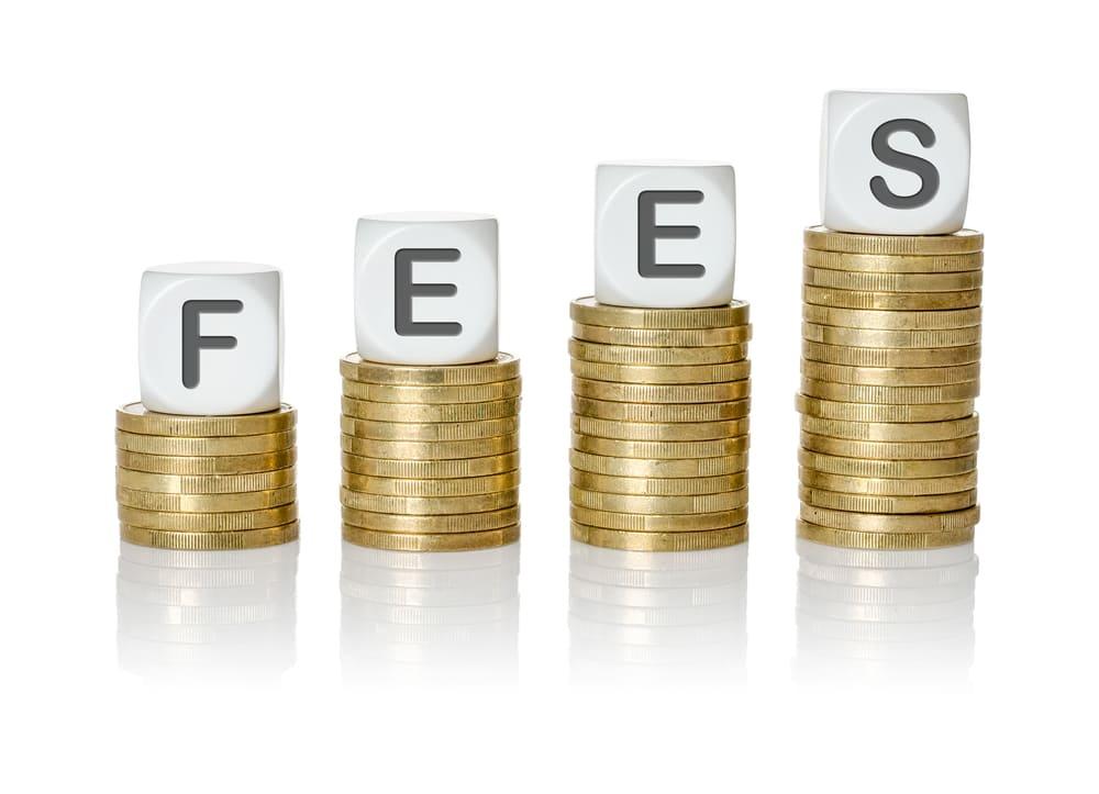 売掛金の売却先であるファクタリング会社は手数料で比較すべき理由