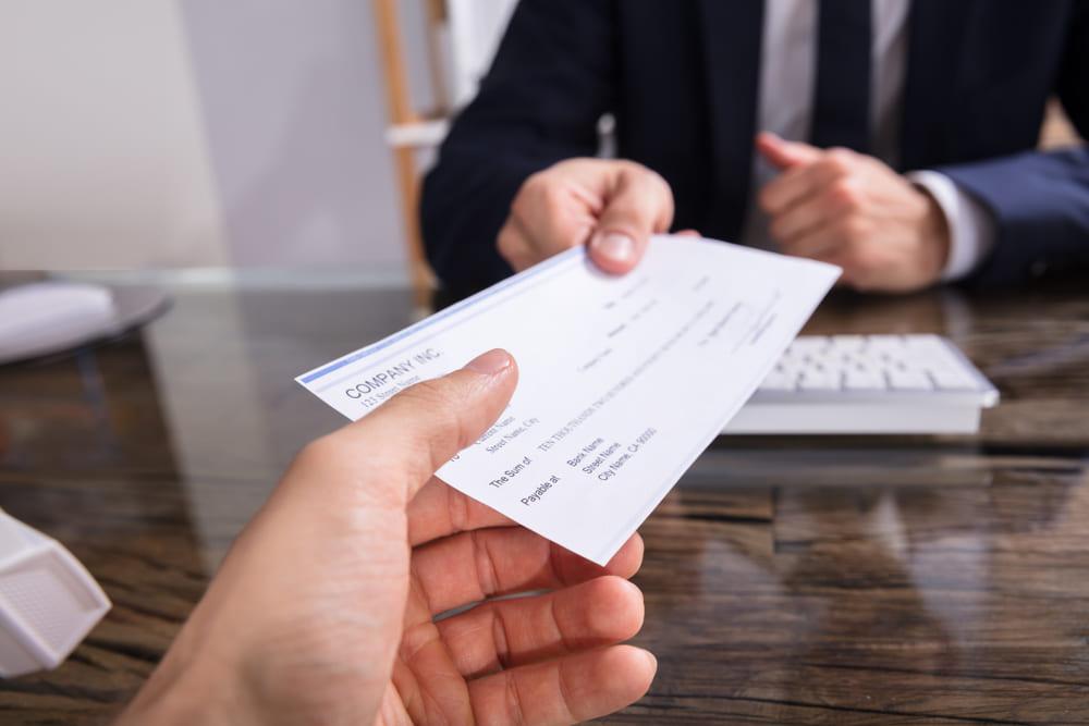 支払手形と小切手を利用する場合は当座預金口座が必要?